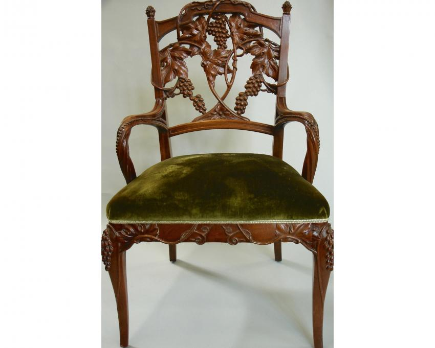 Set Of Mahogany Chairs With Grapevine Motif Hand Carved